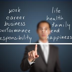 Učinkovito usklajevanje zasebnega in poklicnega življenja zaposlenih v javniupravi