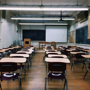 Spremembe vodijo v napredek: potreba po prestrukturiranju šolskegasistema
