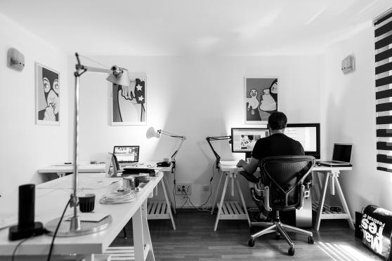 office-932926_1920.jpg