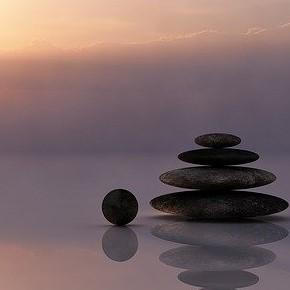 Kako vzpostaviti ravnovesje med poklicnim in družinskimživljenjem?
